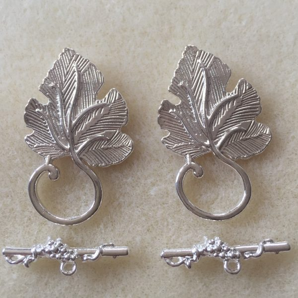 Toggle Vine Leaf Silver Plate