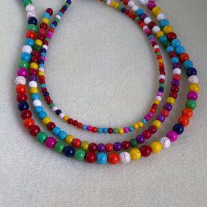 Coloured howlite round beads