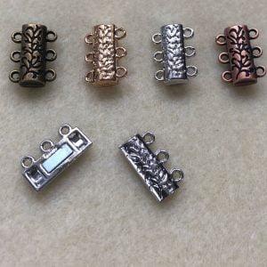 Magnetic 3 loop Carved