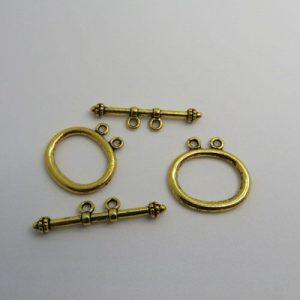Toggle Clasp Two Hole Goldtone 32mm