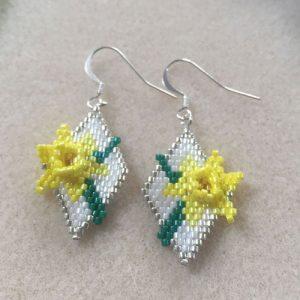 Daffodil Earrings Pattern