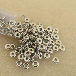 Czech O beads Silver